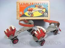 1. Brinquedos antigos - Estrela - Patins com rolamentos duplos e quatro rodas de aço Ano 1958