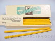 1. Brinquedos antigos - Koh I Noor - Caixa com 12 Lápis H2 Koh-I-Noor Década de 1950