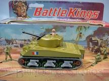 1. Brinquedos antigos - Matchbox - Sherman Tank Battle Kings completo com três soldados