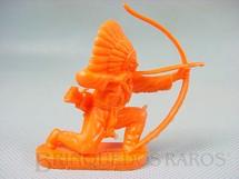 1. Brinquedos antigos - Casablanca e Gulliver - Chefe índio ajoelhado atirando com arco Plástico laranja Década de 1980