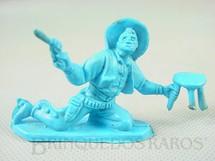 1. Brinquedos antigos - Casablanca e Gulliver - Cowboy brigando no Saloon com revolver e banqueta de plástico azul Década de 1980
