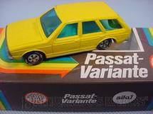 1. Brinquedos antigos - Siku-Rei - Volkswagen Passat Variant amarelo Brasilianische Siku Alfema