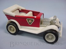 1. Brinquedos antigos - San Mauricio - Calhambeque Hot Rod vermelho com 10,00 cm de comprimento Década de 1970