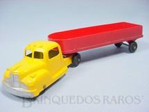 1. Brinquedos antigos - Tootsietoy - Cavalo Mecânico e carreta com 22,00 cm de comprimento Década de 1950