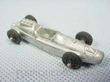 1. Brinquedos antigos - Tootsietoy - Fórmula Indy com 6,00 cm de comprimento Década de 1960