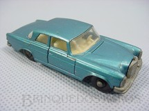 1. Brinquedos antigos - Matchbox - Mercedes Benz 300 SE azul metálico black plastic Regular Wheels