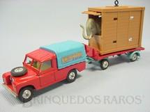 1. Brinquedos antigos - Corgi Toys - Circo Chipperfields Land Rover and Elephant Cage, completo. Década de 1960