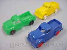 1. Brinquedos antigos - Sem identificação - Caminhonete com 7,00 cm de comprimento Década de 1960 Preço por unidade