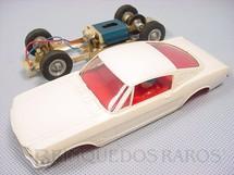 1. Brinquedos antigos - Estrela - Ford Mustang GT branco com interior vermelho Chassi de latão Década de 1970