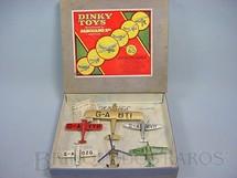 1. Brinquedos antigos - Dinky Toys - Conjunto Gliding No.60 com seis Aviões ganchos e linha para Vôo Década de 1930