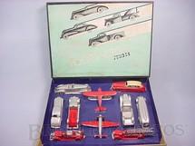 1. Brinquedos antigos - Tootsietoy - Conjunto completo com quatro Caminhões três Carros dois Aviões e um Ônibus Série Jumbos Década de 1930