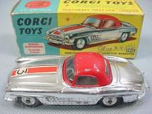 1. Brinquedos antigos - Corgi Toys - Mercedes Benz 300 SL Hardtop Roadster Cromado Ano 1959