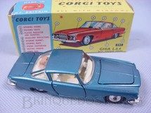 1. Brinquedos antigos - Corgi Toys - Ghia L 6.4 with V8 Chrysler Engine and the Corgi Dog Versão azul Ano 1965