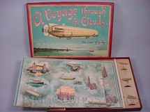 1. Brinquedos antigos - J.W. Spear and Sons - Jogo com seis Dirigíveis de chumbo com 6,00 cm de comprimento A Voyage Througt The Clouds The Game of To Day Década de 1920