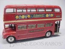 1. Brinquedos antigos - Corgi Toys - Routemaster London Bus Outspan com duas figuras Década de 1970