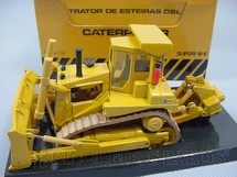 1. Brinquedos antigos - Arpra - Trator de esteiras Caterpillar D8L Década de 1980