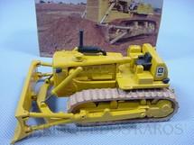 1. Brinquedos antigos - Arpra - Trator de esteiras Caterpillar D8K Década de 1980
