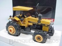 1. Brinquedos antigos - Arpra - Trator Agrícola Valmet 148 4X4 Turbo Década de 1980
