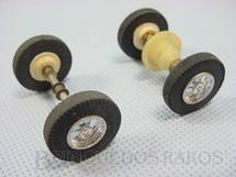 1. Brinquedos antigos - Estrela - Conjunto completo dianteiro e traseiro de eixos rodas pneus buchas e coroa para carros Berlineta Jaguar e Corvette 1:32 com chassi de plástico Década de 1960