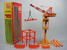 1. Brinquedos antigos - Shinsei - Guindaste de Torre Hitachi com 45,00 cm de altura Série Mini Power Década de 1980