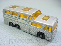 1. Brinquedos antigos - Matchbox - Greyhound Bus black plastic Regular Wheels
