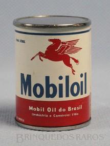 1. Brinquedos antigos - Sem identificação - Lata de Mobiloil de metal maciço com 4,50 cm de altura Brinde Mobil Oil do Brasil Década de 1950