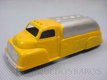 1. Brinquedos antigos - Tootsietoy - Caminhão tanque Ford com 11,00 cm de comprimento Década de 1950