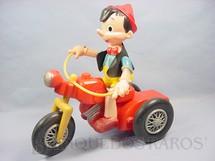 1. Brinquedos antigos - Atma - Pinóquio no Triciclo com 30,00 cm de altura Década de 1960