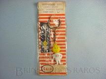 1. Brinquedos antigos - Sem identificação - Chaveiro da Gotinha da Esso Embalagem aberta Década de 1960