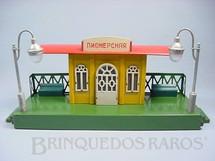 1. Brinquedos antigos - MosKabel - Estação com 50,00 cm de comprimento Bitola O Placa em Alfabeto Cirílico Década de 1930