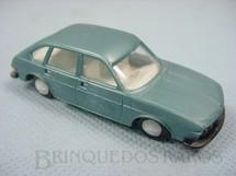1. Brinquedos antigos - Stelco - Volkswagen 412 azul metálico Década de 1980