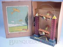 1. Brinquedos antigos - Sem identificação - Torre de 35,00 cm de altura com dois aviões biplanos Looping The Loop Década 1920