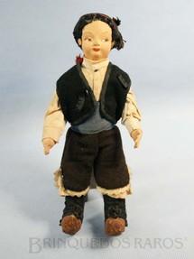 1. Brinquedos antigos - Sem identificação - Boneco Lenci Type Doll com 24,00 cm de altura Rosto de tecido Traje típico Norueguês Década de 1960