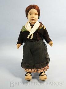1. Brinquedos antigos - Sem identificação - Boneca Lenci Type Doll com 25,00 cm de altura Rosto de tecido Traje típico Norueguês Década de 1960