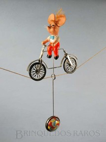 1. Brinquedos antigos - Estrela - Topo Gigio Equilibrista com 9,00 cm de altura Década de 1960