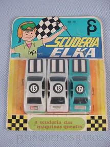 1. Brinquedos antigos - Elka - Conjunto Scuderia Elka com três carros semelhantes ao Dodge Polara Década de 1980