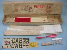 1. Brinquedos antigos - Aero-Brás - Avião Piper Club Super Cruiser de madeira balsa entelada com 60,00 cm de envergadura Década de 1960