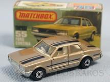1. Brinquedos antigos - Matchbox - Ford Cortina Superfast