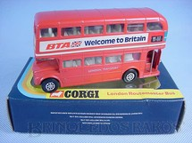 1. Brinquedos antigos - Corgi Toys - Routemaster London Bus Welcome to Britain Década de 1970
