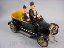 1. Brinquedos antigos - Politoys e Polistil - Le Auto di Stanlio e Ollio Laurel and Hardy Ford Car Carro do Gordo e o Magro Polistil Década de 1970