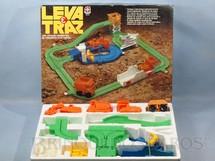 1. Brinquedos antigos - Estrela - Conjunto de Tratores Leva e Traz semelhante ao Maxi Cargo Década de 1980