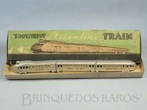 1. Brinquedos antigos - Tootsietoy - Conjunto com locomotiva e dois Carros de Passageiros com 30,00 cm de comprimento Streamline Train Década de 1930