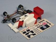 1. Brinquedos antigos - Estrela - McLaren MP4/4 Série Ayrton Senna pintura em U com Decais Originais Chassi diagonal Década de 1980