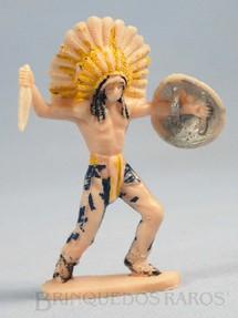 1. Brinquedos antigos - Casablanca e Gulliver - Chefe índio de pé com faca e escudo Distribuído pela Trol e pela Viocena Década de 1970