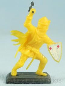 1. Brinquedos antigos - Garça - Figura do Rei ARthur com Escudo e Machado Cópia Britains Década de 1970