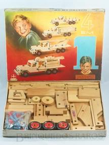 1. Brinquedos antigos - Estrela - Conjunto de Montar Monte-Bras 4 em 1 Caminhões completo Caixa assinada Alí Datado 29 Fev 1968
