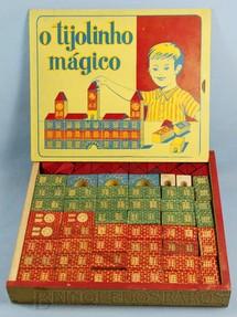 1. Brinquedos antigos - Brinquedos Paraná - Conjunto de Montar O Tijolinho Mágico completo com 76 peças em alto relêvo Década de 1960