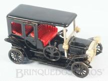 1. Brinquedos antigos - Sem identificação - Cadillac 1907 com 10,00 cm de comprimento Década de 1970