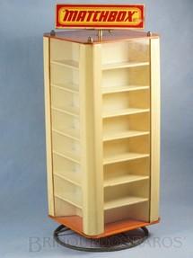 1. Brinquedos antigos - Matchbox - Expositor de Loja com divisões para 48 carros Série 75 Matchbox 47,00 cm de altura Década de 1970
