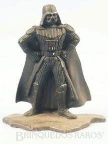 1. Brinquedos antigos - Kenner - Darth Vader com com 7,00 cm de altura Star Wars Lucas Film Série Action Masters Ano 1994